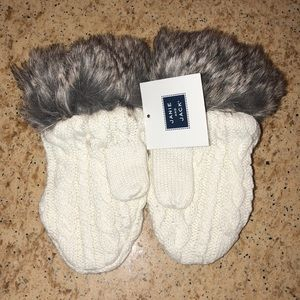Janie and Jack White Fur Mittens